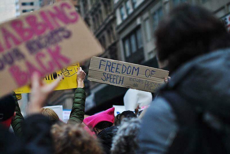 """""""Liberdade de expressão inclue a imprensa."""""""