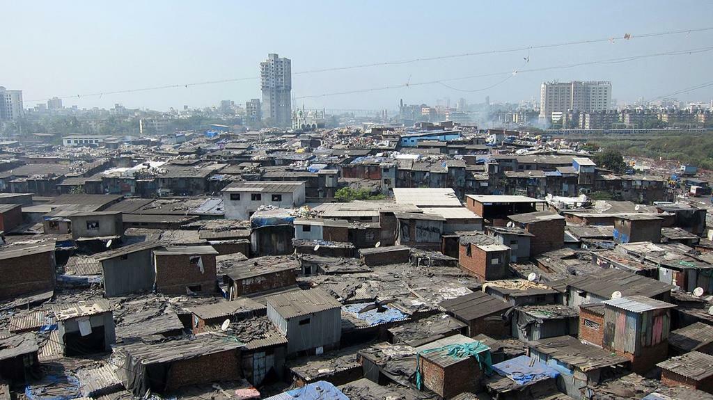 Favela de Mumbai, na Índia. Foto: YGLvoices/ Flickr.