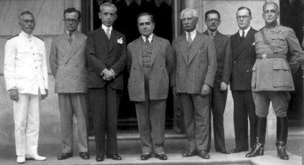 Getúlio_Vargas_com_Ministros_-_1931
