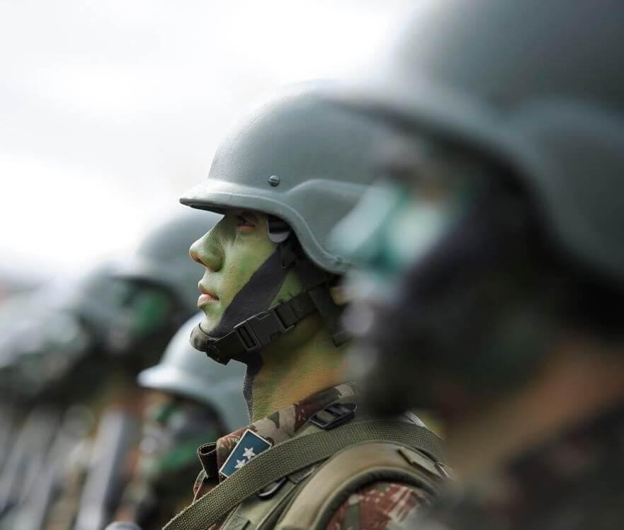 Exército Brasileiro no desfile do 7 de setembro (Foto: Agência Brasil).
