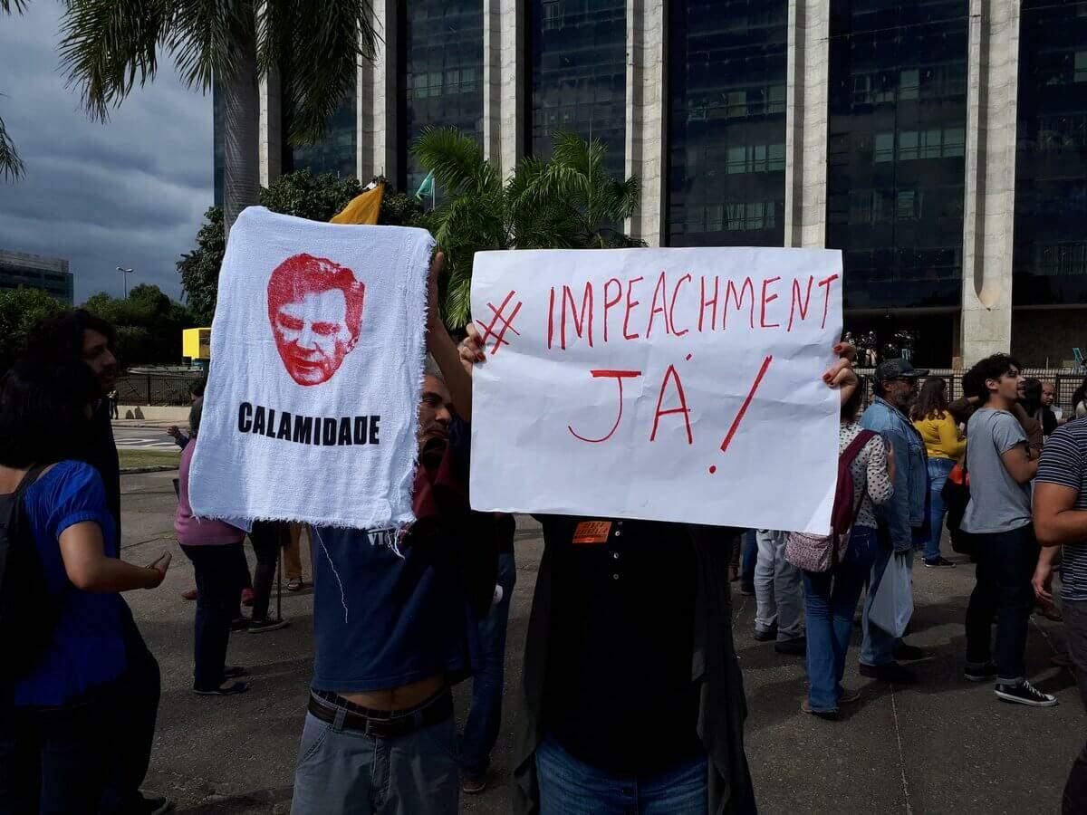 Manifestação pedindo o Impeachment do presidente Crivella