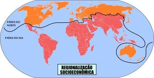 """Fonte: PENA, Rodolfo F. Alves. """"Regionalização socioeconômica do espaço mundial""""; Brasil Escola. Disponível em: https://brasilescola.uol.com.br/geografia/regionalizacao-socioeconomica-espaco-mundial.htm. Acesso em 12 de junho de 2019."""