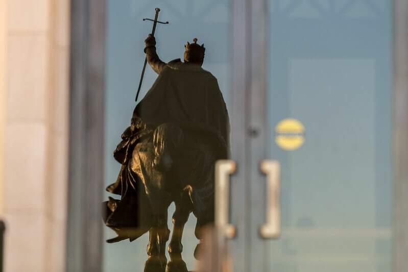 Representação de um cavaleiro das Cruzadas. (Foto: Visual Hunt)