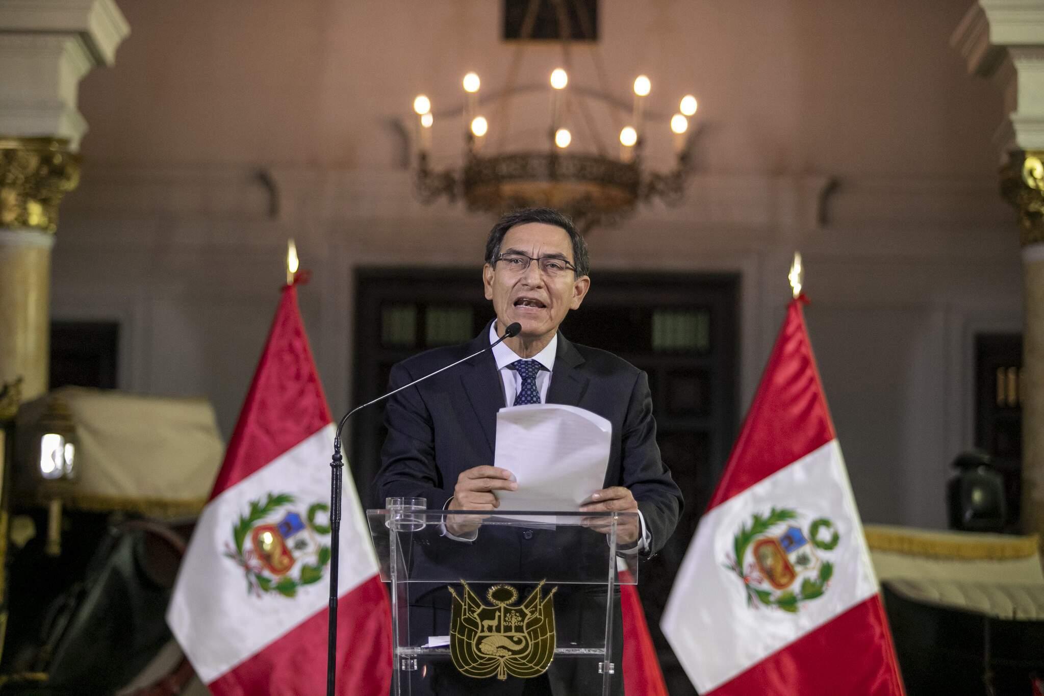 O presidente Martin Vizcarra durante´pronunciamento a nação peruana' em meio à crise no Peru. (Foto: Juan Pablo Azabache/ Fotos Públicas)