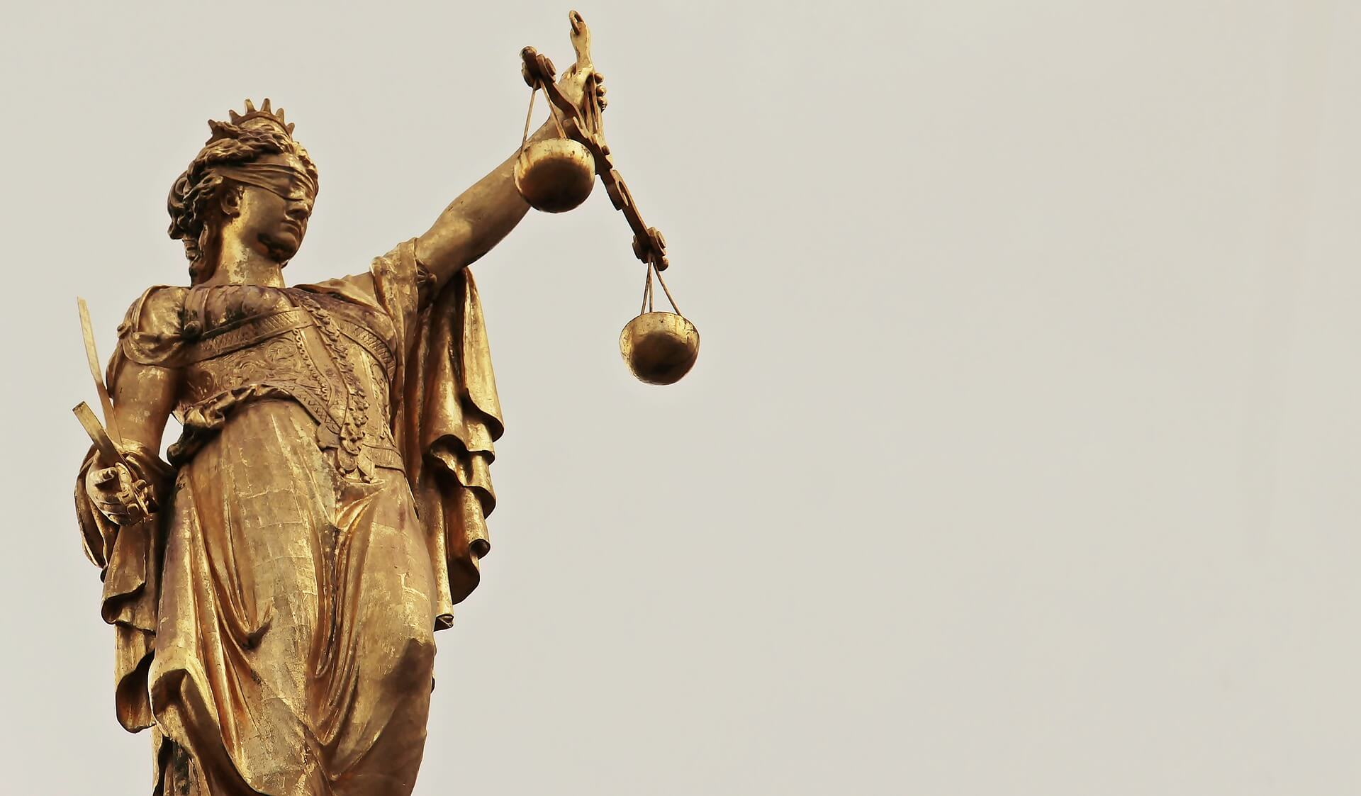 Na imagem, estatua da deusa da Justiça. Conteúdo sobre Igualdade, equidade e justiça social