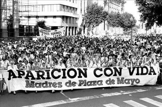 A ditadura argentina e as mães da praça de maio - Politize!