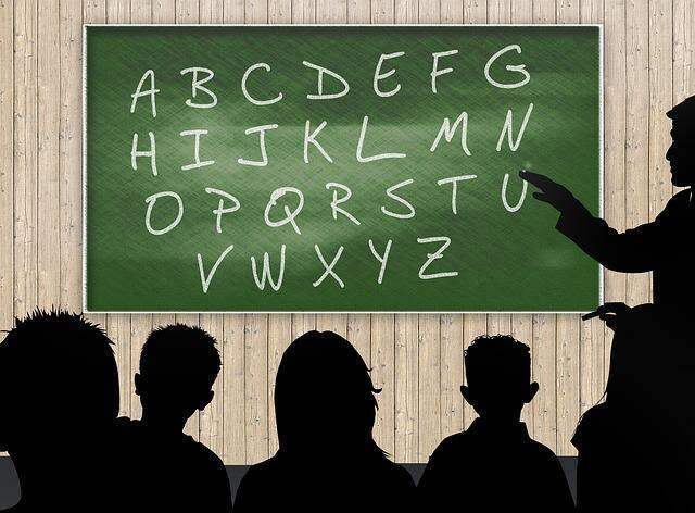 Alfabetização no Brasil: entenda os desafios - Politize!